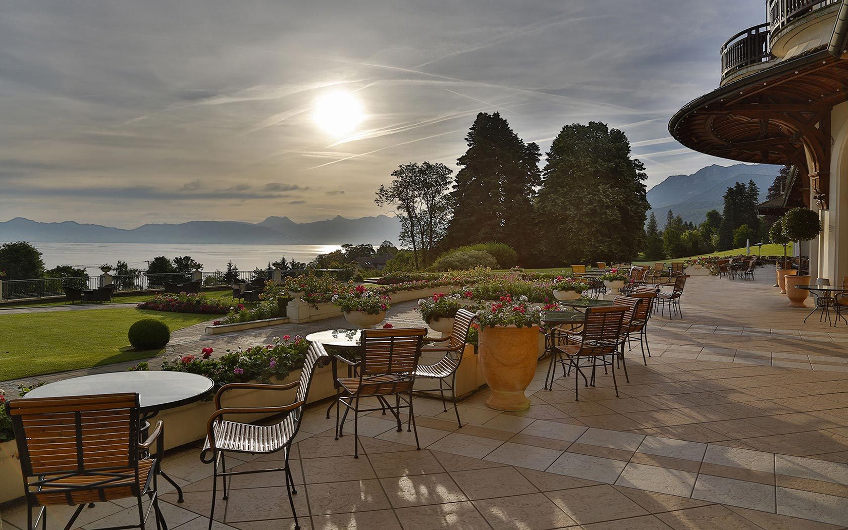 Evian Resort (Royal 5* и Ermitage 4*)